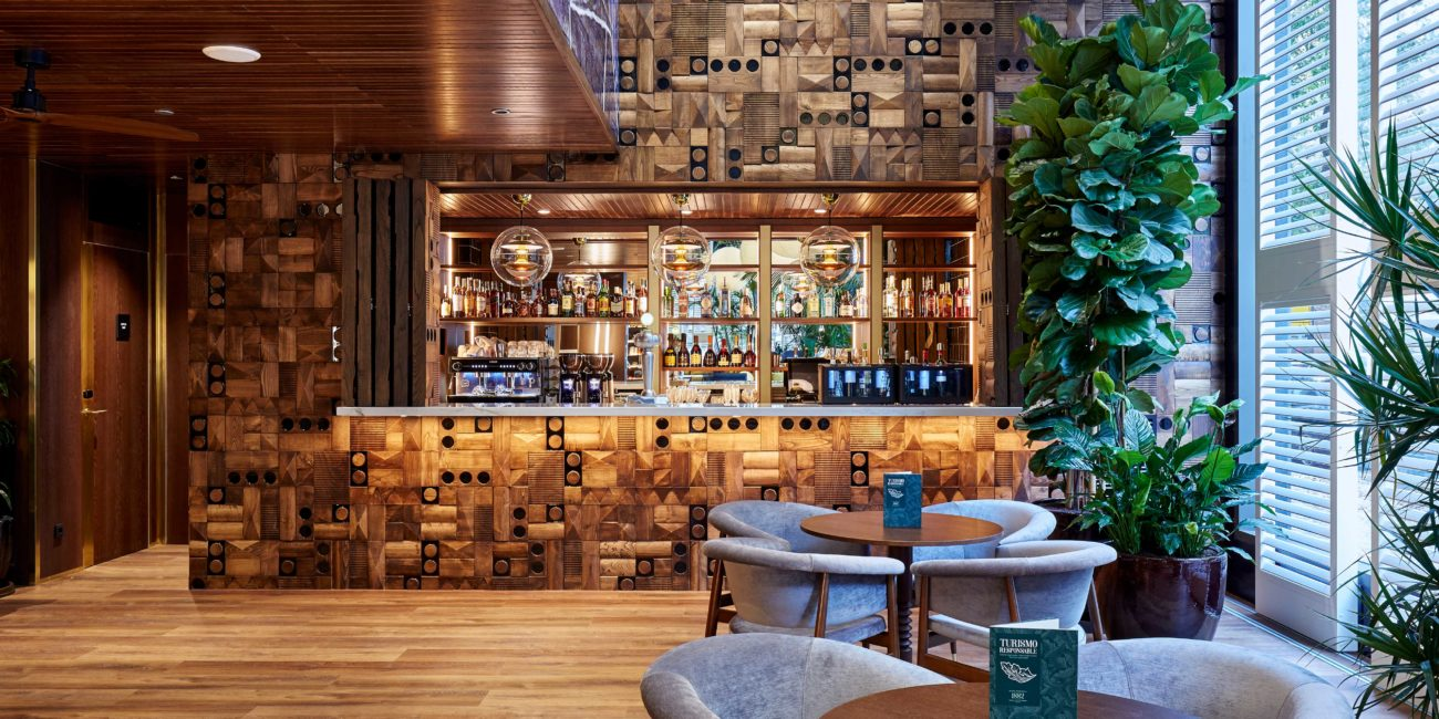 Hotel-1882-bar-bobo